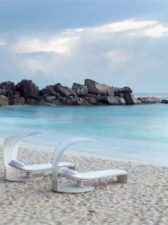 #Garden #daybed SUMMER CLOUD by DEDON | #design EOOS #summer #sea #beach #outdoor