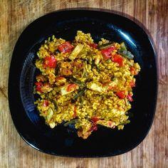 Paella (arroz con cosas) vegana. #vegan #spain #foodporn #paella #tasty #delicious #withoutsuffering