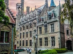 #architecture #belgian #belgium #benelux #bruges #brugge #building #city #cityscape #europe #european #flanders #flemish #gothic #historic #medieval #old #outdoors #sky #square #street #sunset #tourism #tourist #travel