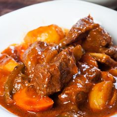 This easy crock pot beef stew is so easy to prepare and makes a nice juicy stew. . Easy Crock Pot Beef Stew Recipe from Grandmothers Kitchen.