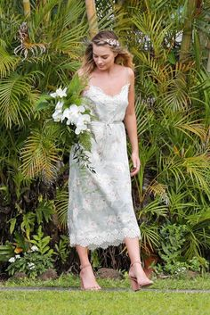All The Times Margot Robbie Has Aced It On The Red Carpet – Celebrities Female Atriz Margot Robbie, Margot Robbie Style, Margot Elise Robbie, Margo Robbie, Margot Robbie Harley Quinn, Embellished Gown, Celebrity Red Carpet, Celebrity Style, Just Girl Things
