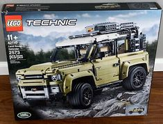 New LEGO Technic Land Rover Defender 42110 2573 Pieces Free Shipping Landrover Defender, Land Rovers, Lego Age, Lego Technic, Roof Rack, Lego Sets, Monster Trucks, Geek Gear, Things To Sell