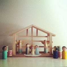 Make your own nativity scene! I am really going to do this for Christmas 2012!