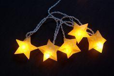 Origami Sterne 3D falten Faltanleitung Lichterkette basteln Sterne selber machen Anleitung DIY kostenlos fertig
