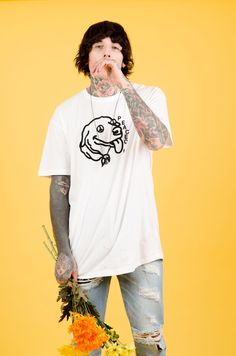 Discover recipes, home ideas, style inspiration and other ideas to try. Bring Me The Horizon, Oliver Sykes Tattoos, Alissa Salls, Hannah Snowdon, Oli Sykes, Halestorm, Bmth, Jimmy Page, Emo Bands
