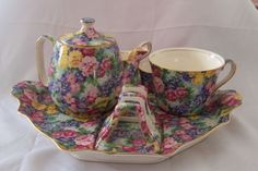 Image detail for -complete breakfast set from Royal Winton i.- Image detail for -complete breakfast set from Royal Winton in their Kinver chint… Image detail for -complete breakfast set from Royal Winton in their Kinver chintz … - Cute Teapot, Breakfast Set, China Tea Cups, Chocolate Pots, Antique China, Coffee Set, Fine China, Tea Time, Tea Party