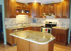 Check out this kitchen with our very own Signature Cabinets, made by Lami in St. Charles. See more remodels at www.signaturekb.com