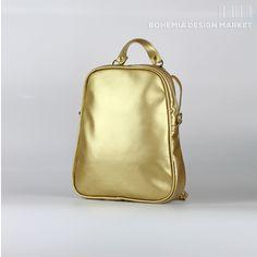 Backpack Gold Egg shape #backpack #handbags  #gold #golden #bag #coulour #original #design ##accessories #fashion Bohemia Design, Gold Backpacks, Rucksack Backpack, Fashion Accessories, Handbags, Stuff To Buy, Egg, Eggs, Totes