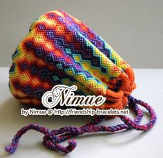 Photo by Nimue - friendship-bracelets.net