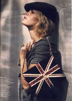 2 things I love....Chanel handbags and the Union Jack!!!