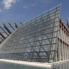 MUSE - Museu de Ciências, em Trento, Itália. Projeto de Renzo Piano. #architecture #arquitetura #arte #artes #arts #art #artlover #design #architecturelover #instagood #instacool #instadaily #design #projetocompartilhar #davidguerra #arquiteturadavidguerra #shareproject #glass #vidro #transparency #transparencia #muse # museum #museo #museudeciencias #sciencemuseum #museodellescienze #trento #italy #italia #renzopiano #rpbw