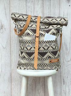 """Umhängetaschen - Rolltop Tasche """"THURE"""" // Inka - ein Designerstück von luett-und-Lang bei DaWanda"""