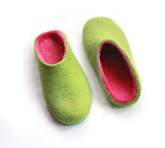 Felt Slippers Green Bright Pink Color Rubber Soled Custom Women Slippers 10 color Options Rubber Sole Color Block Slippers 100% wool