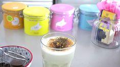 Heiße Liebe im kalten Februar Matcha Latte und Zartbitter Schokolade Matcha, Glass Of Milk, Pudding, Videos, Desserts, La Mode, February, Cold, Schokolade