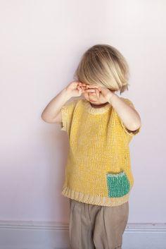 Contrasting colour pocket - babaà — Jumper No.9 Yellow