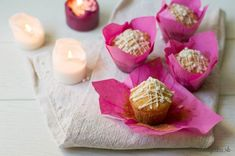 Christmas butter muffins with the taste of orange and white chocolate (in Slovak) Orange Muffins, White Chocolate, Food And Drink, Butter, Cheese, Christmas, Cupcake, December, Gifts