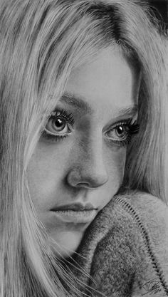 "Dakota Fanning door Timon pencil art This sketch looks very real — doesn't have that ""perfect"" sense that some pencil portraits have. It makes her so much MORE attractive, in my opinion! Well done."