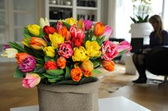 Want to make your office pleasant ? Put this #flower #bulbs which can add an extra ordinary touch in your office.
