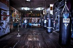 BOOMBOX Boxing Club if you are looking for Boxing Trainer who can Teach you Boxing then come at our Boxing Gym and Health Gym at Washington Boxing Club, Boxing Gym, Mma Boxing, Title Boxing, Fighter Workout, Fight Gym, Mind Gym, Muay Thai Gym, Gym Setup