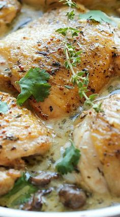 Baked Chicken and Mushroom Skillet (omit butter, oil, cream, and parmesan) (chop chicken into chunks and sautee, add spinach and tomatoes) Great Recipes, Dinner Recipes, Favorite Recipes, Dinner Ideas, Turkey Recipes, Chicken Recipes, Chicken Meals, Fried Chicken, Baked Chicken And Mushrooms
