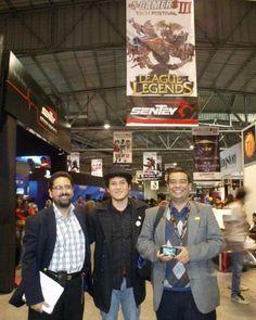 Manuel Vicente Miranda, Cristian Flores y Juan José Miranda participando del MasGamers Tech Festival III