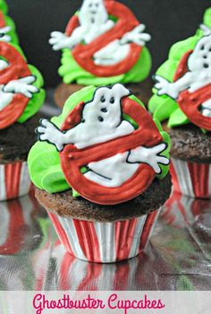 These Ghostbusters Cupcakes are a great treat to serve at a Ghostbusters themed birthday party. They are perfect to munch on while watching the new Ghostbusters movie that will soon hit the big screen. I aint afraid a no ghost- GHOSTBUSTERS! It is a grea Best Dessert Recipes, Fun Desserts, Sweet Recipes, Dessert Ideas, Cake Ideas, Dinner Recipes, Birthday Party Themes, 9th Birthday, Birthday Cakes