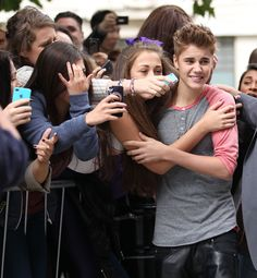 if I was that girl I would NEVER let go!