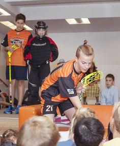 WASPS floorball players and a goalkeeper talking to primary students about floorball.  #halthy #school #sport #active #children #CIS #cambridgeinternationalschool #floorball #WASPS