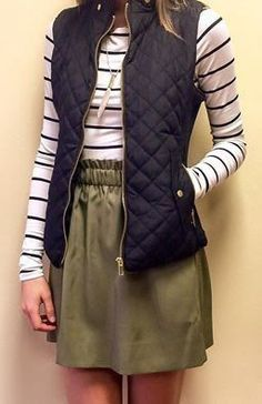 Striped Ribbed Tee Spring Outfit minus the vest though Estilo Fashion, Look Fashion, Street Fashion, Fashion Vest, Fall Fashion, Fashion Outfits, Fall Winter Outfits, Autumn Winter Fashion, Spring Outfits