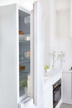 KARWEI | Met een grote koel-vries combinatie heb je altijd alles op voorraad #keuken #wooninspiratie #karwei