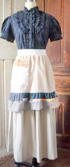 "FOR THE ""OLD FASHION VINTAGE FARMER'S WIFE""~ TIME TO GET SEWING OUTFITS FOR THE WEEK~"