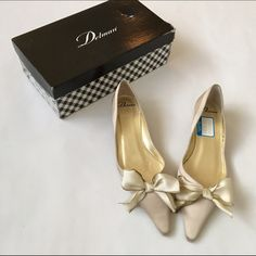 DELMAN SATIN CHAMPAGNE SHOES WITH BOW. DELMAN CHAMPAGNE SHOES. Sweet bow on front. New in box. Box is damaged, see pic 1. Leather soles Delman Shoes