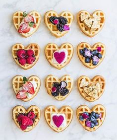 In case your on the lookout for some weekend brunch inspo attempt making so mini waffles with an assortment of toppings!💕my private favorite is with peanut butter & banana🍌 . Cute Desserts, Dessert Recipes, Pink Desserts, Menu Saint Valentin, Cute Food, Yummy Food, Valentines Breakfast, Crispy Waffle, Pancakes And Waffles