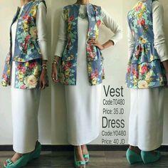 No automatic alt text available. Modern Hijab Fashion, Abaya Fashion, Muslim Fashion, Modest Fashion, Fashion Dresses, Hijab Style Dress, Iranian Women Fashion, Modele Hijab, Hijab Fashionista
