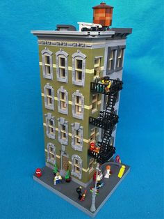 [MOC] New York-ish corner house with fire escape | Nybohov Creation Ltd. | Flickr