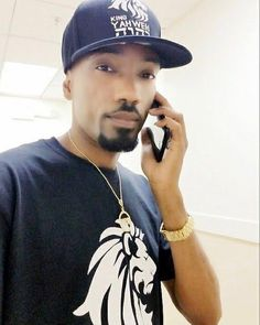 Always working ... King YAHWEH is all things to all mankind. http://ift.tt/2qGf8UP #powerinthename #kingyahweh #kingyahwehwear #kingyahwehapparel