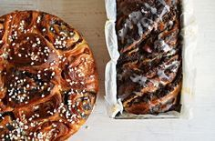Kvásková babka s mákem a švestkami How To Make Bread, Bread Baking, Sweet Recipes, A Table, Banana Bread, Sweets, Cooking, Food, Cakes