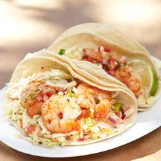 spicy shrimp tacos with chipotle slaw & fresh corn salsa - recipe from organic gardening Fish Recipes, Seafood Recipes, Mexican Food Recipes, Cooking Recipes, Healthy Recipes, Spicy Shrimp Tacos, Marinated Shrimp, Grilled Shrimp, Grilled Pork