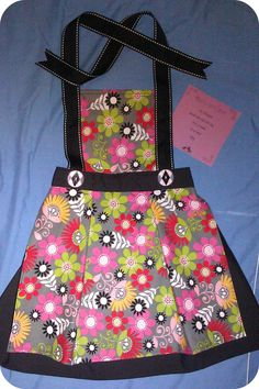 Children's Aprons by SkySimone on Etsy, #Skysimone