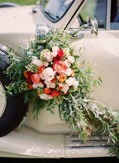Getaway car garland | Kirill Bordon Photography | see more on: http://burnettsboards.com/2014/07/fiery-orange-1930s-wedding-inspiration-shoot/