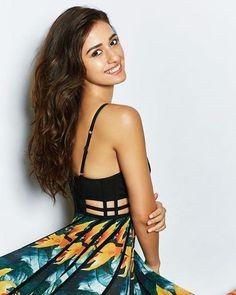 Indian Celebrities, Bollywood Celebrities, Bollywood Fashion, Bollywood Heroine, Bollywood Photos, Bollywood Girls, Female Celebrities, Beautiful Bollywood Actress, Beautiful Indian Actress