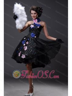 Handle-Made Flowers and Sequins Chiffon Strapless Prom Dress- $158.69  http://www.fashionos.com/  2013 popular prom dress for formal evening   online dress store on sale   strapless beaded prom dress   mini length prom dress   cheap prom dress around 150   fairy tales dress  