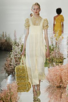 Ulla Johnson Spring 2018 Ready-to-Wear Collection - Vogue
