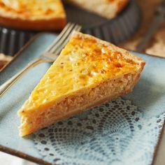 Se kaikkein paras hapankaalipiiras / The most delicious sourkraut and garlic cheddar pie
