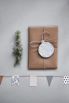 Christmas tags/paper