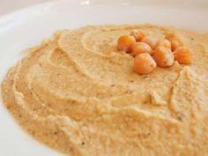 Cómo hacer puré de garbanzos. Si te gustan los garbanzos, seguro que te gustarán todas estas recetas. Y es que los garbanzos es un alimento indispensable para una buena dieta mediterránea. Pero, ¿Has probado alguna vez el puré de ...