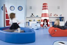 Kids' playroom design ideas - Hometone - Home Automation and Smart Home Guide Kindergarten Interior, Kindergarten Design, Design Maternelle, Playroom Design, Playroom Ideas, Creative Kids, Kid Spaces, Play Houses, Kids Furniture