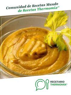 Puré de verduras por Thermomix®. La receta de Thermomix® se encuentra en la categoría Básicas en www.recetario.es, de Thermomix® Peanut Butter, Recipes, Food, Robots, Vestidos, Eggplants, Onion, Essen, Robot