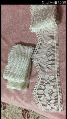 This post was discovered by Ayşe Şener. Discover (and save!) your own Posts on Unirazi. Crochet Lace Edging, Crochet Borders, Crochet Squares, Love Crochet, Crochet Doilies, Hand Crochet, Crochet Baby, Knit Crochet, Doily Patterns