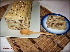 Tort cu crema de cafea din cozonac reciclat Tiramisu, Ethnic Recipes, Food, Essen, Meals, Tiramisu Cake, Yemek, Eten